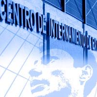 Eurodiputados españoles piden a la CE investigar CIE
